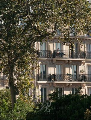 Relaxing in Paris. Paisien apartment